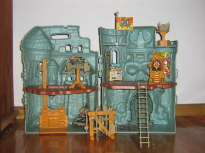 Inside Castillo Grayskull.